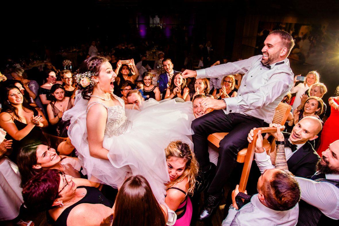Hochzeitsfeier bei einer Hochzeit im Thurgau fotografiert von Steven Herrschaft
