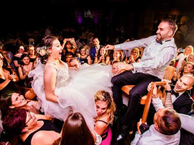 Wedding photographer Constance: A crazy Armenian-Hungarian wedding